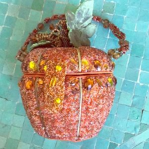 "Stunning ""Mary Frances"" large beaded pumpkin purse"